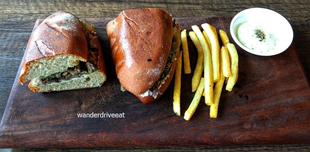 Le-Petit-Amour-Mushroom-Sandwich