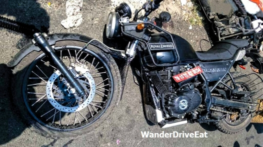 Royal-Enfield-Himalayan-Bike-Accident-in-Chennai-2