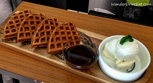 94-House-Bistro-waffles