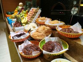 Hyatt-Mohammad-Ali-sweets