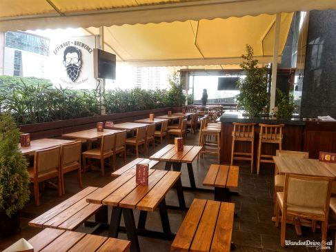 Effingut-Kharadi-outdoor-seating
