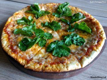 Effingut-Kharadi-Quattro-Formaggio-Pizza