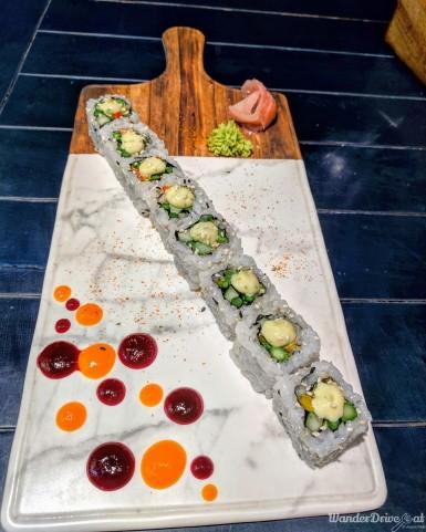 Cirkus-Kalyani-Nagar-WaderDriveEat-sushi-california-roll