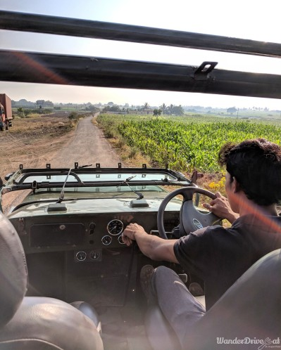 Fratelli Vineyards tour jeep