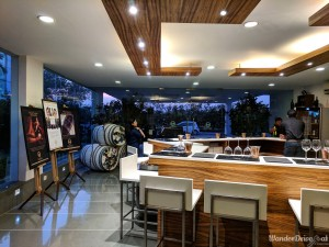 Fratelli Vineyards wine bar