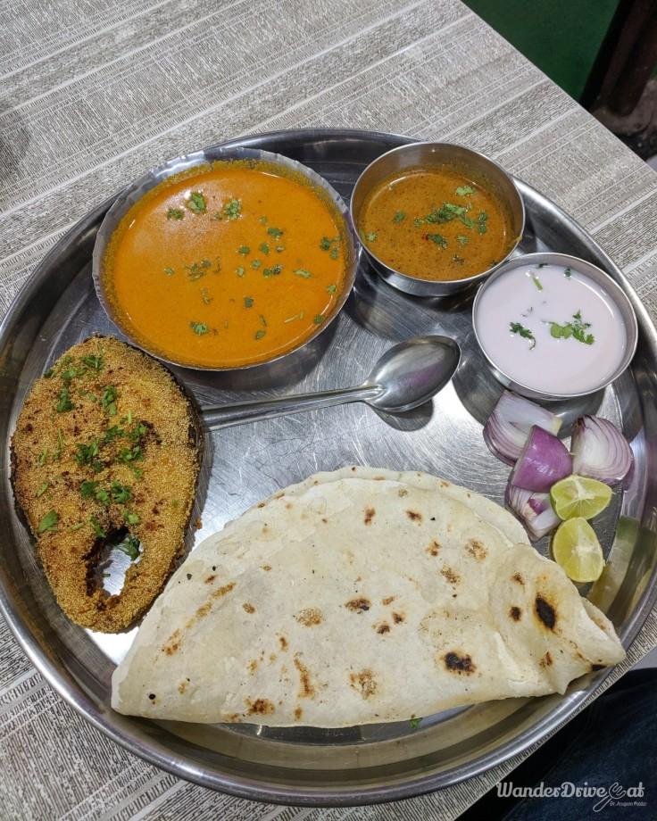 Shantadurga Seafood Aranyeshwar Surmai Thali