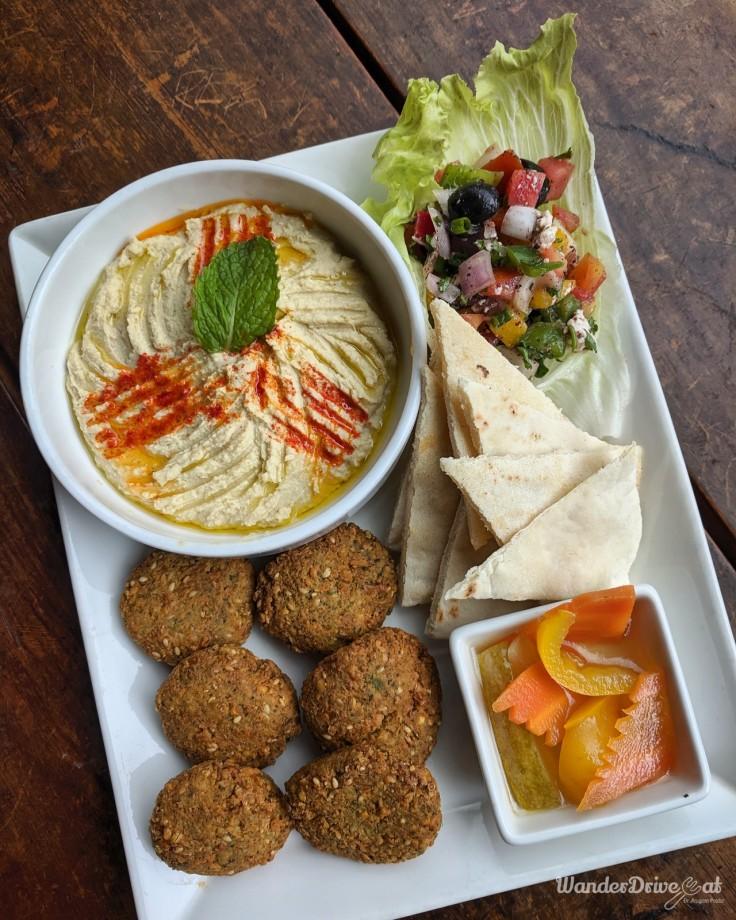 Falafel Hummus Platter