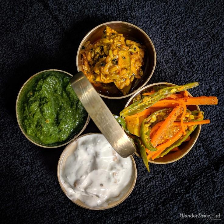 MomNom-Kitchen-Baner-kitchen-pickles